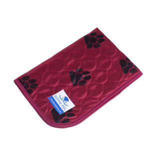 HIPPIE PET Пеленка многоразовая для животных 70x80 см, красный с лапами (размер М)